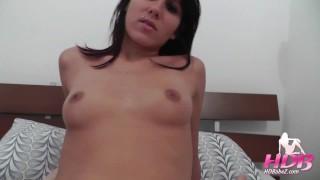 Sexy girl cheats on boyfriend and fucks for creampie
