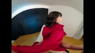 Izzy Lush As TOKYO Uses Pussy To Free Herself In MONEY HEIST VR Porn Parody