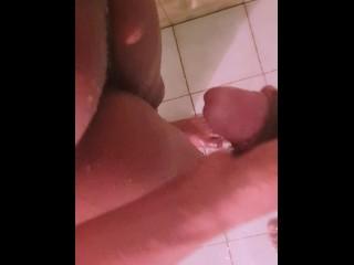 Sri Lankan Ebony Hot Wife Fringring while having Shower   නිශී අක්ක නාන ගමන් දාපු සෙල්ලම