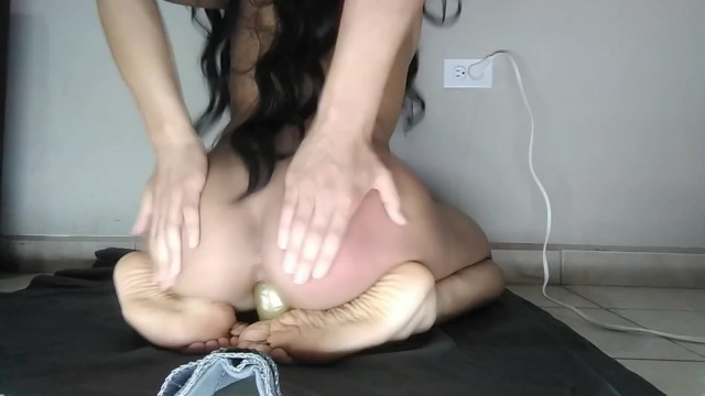 FEMBOY with fox's cotaila monta dildo spanning himself until he comes