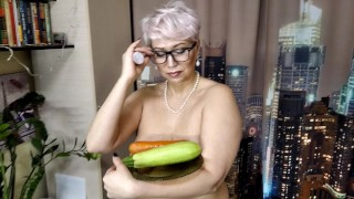 MILF secretary with zucchini and carrots in wet mature cunt... Vaginal testing of a mature slutty ))