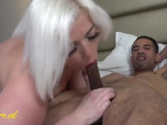 Sexy MILF With a Beautiful Curved Body Never Skips a BBC!