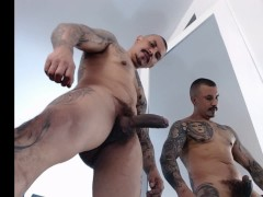 slaping and precum whit the hard cock