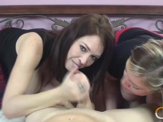2 x 1! Cock Sucking Charlee Chase And Taylor Raz Share Dick!