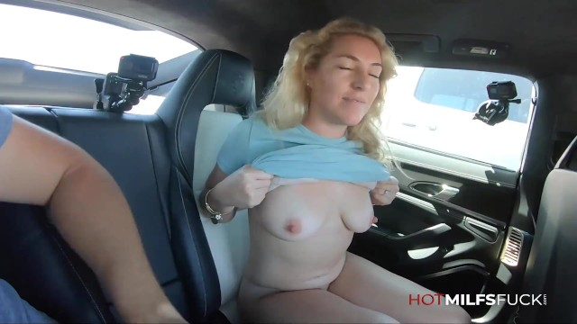 Real Sex On Camera For MILF Abbey James In Her First Porno Getting Creampied