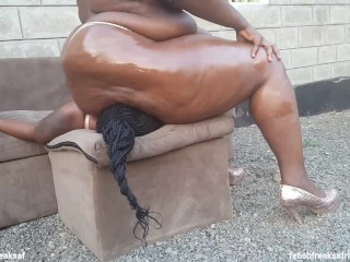 Head Humping On Subslutt Princess's Head To Please Her Master