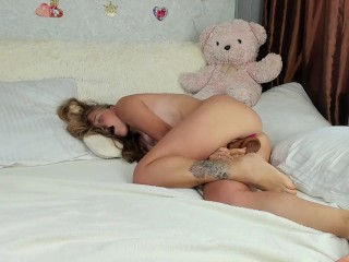 STRONG ORGASM AFTER PUSSY FUCK BY BIG BLACK DILDO