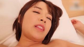与某有名事务所现役19岁偶像 出道4年的相遇的SEX成员中出的影像