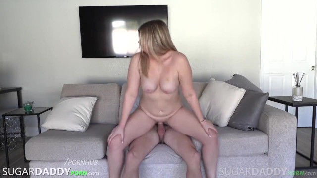 Zoey Gets Her Thick Ass Fucked By Daddy!