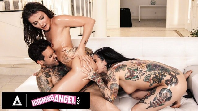 Hot Babysitter Adria Rae Nailed Her Threesome Job Interview
