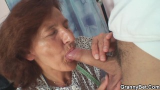 Sewing 80 years old granny pleases her customer