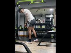 Gym training day of Zack FIT - Latinos Fitness