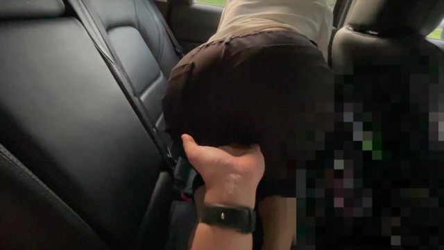 Today's female boss wants you to touch the pussy from the back
