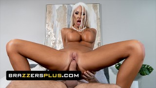 Brazzers - Courtney Taylor Masturbates In Her Wedding Dress & Keiran Lee Gives Her His Big Cock