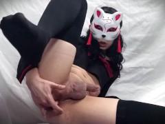 Asian Schoolgirl gets Orgasm and Cum