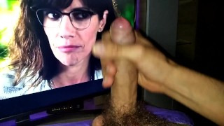 The end of the movie, it made THE COCK HARD, the MATURE girl in GLASSES made me very horny
