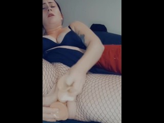 Watch me fuck both my holes and make my pussy squirt.