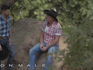 Icon Male – Casey Everett Thanks Lance Charger For Taking Him In The Ranch By Sucking His Big Cock