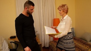 MATURE4K. Charmer prefers to fool around with client instead of doing work
