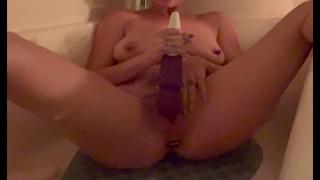Tattooed Slutty MILF w/ Butt Plug in Her Ass, uses Magic Wand & Dildo Fucks her Pussy in Bathtub