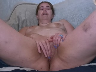Naughty Mom Masturbating During Some Down Time