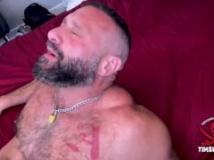 Muscle daddy fucks asian throat