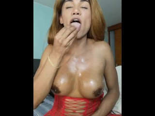 Shemale tastytrap_19 oil her dick and tits and look so damn yummy