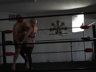 Kisa finishes Pro Wrestling training by Ballbusting pervy trainer