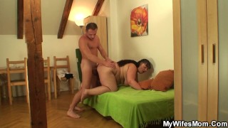 He caught doggy-fucking chubby mother inlaw
