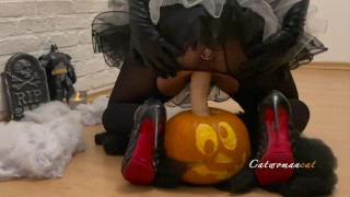 Catwoman makes hot self fuck with Halloween pumpkin till it cums COSPLAY,CLAMPS,BIG TITS,HIGH HEELS