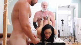 Gia Vendetti (DSC8-5) BDSM Bondage Oral Doggystyle Creampie Toys