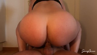 Squatting on your dick untill you creampie me - JuicyChica